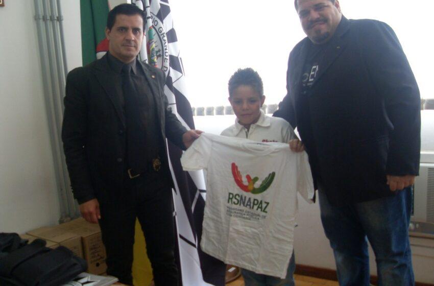 Território de Paz recebeu visita de voluntários