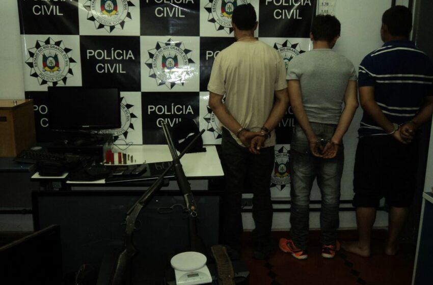 DUAS TENTATIVAS DE HOMICÍDIO OCORRIDAS EM BAIRRO DE VACARIA LEVA POLÍCIA CIVIL E BRIGADA MILITAR A REALIZAREM OPERAÇÃO POLICIAL QUE RESULTOU NA PRISÃO DE TRÊS PESSOAS