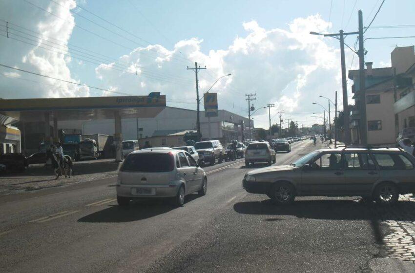 BR's, Ruas e Avenidas movimentadas no retorno do feriadão