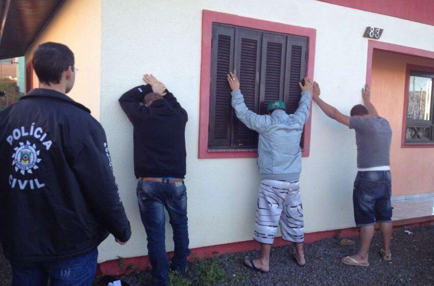 Policiais civis prendem mais dois traficantes em Vacaria