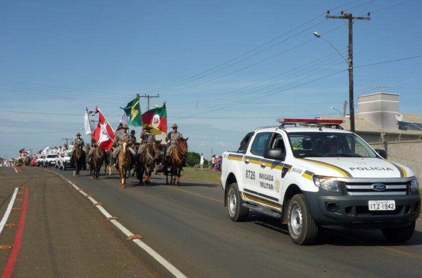 Cavalgada comemora 44 anos da criação do 10º BPM