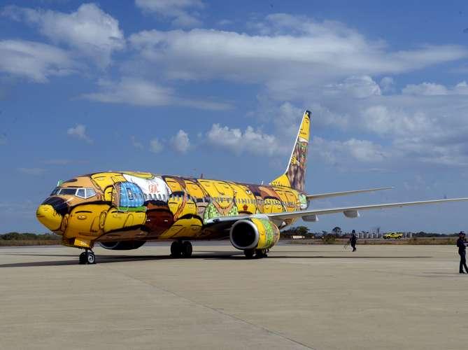 Seleção terá avião temático com grafite de Os Gêmeos na Copa