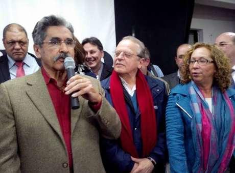 RS: PT confirma candidatura de Olívio Dutra ao Senado
