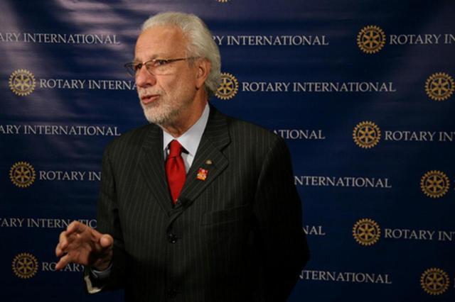 Morre Ciro de Quadros, médico gaúcho referência no combate à pólio