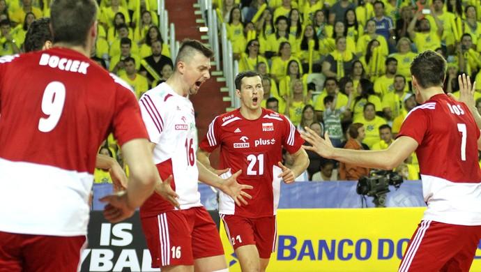 Brasil volta a oscilar, cai para Polônia e sofre terceira derrota na Liga Mundial