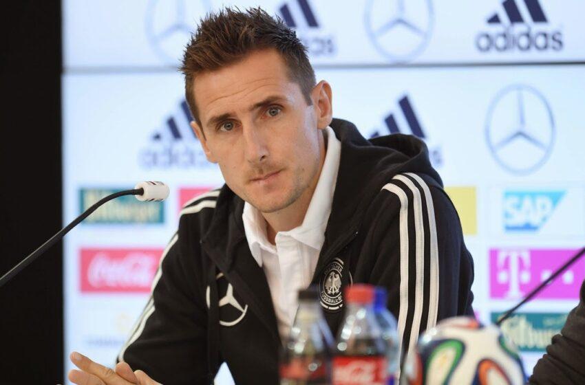 Com Klose confirmado, Alemanha divulga lista final para Copa