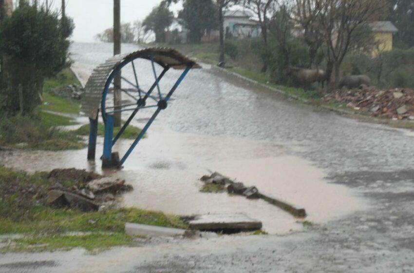 Chuvas voltam a causar alagamentos em Vacaria