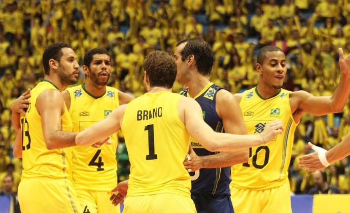 Em jogo suado, Brasil supera o Irã no tie-break e vence a segunda na Liga