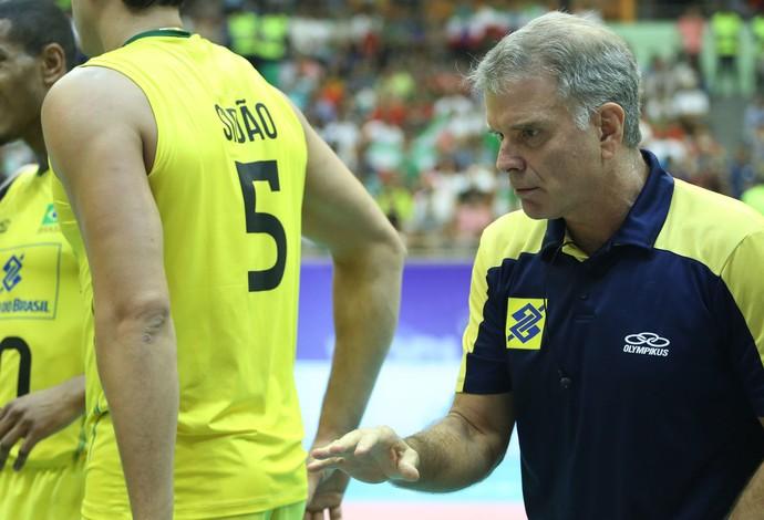 Brasil oscila muito e é derrotado pelo Irã pela segunda vez na Liga Mundial