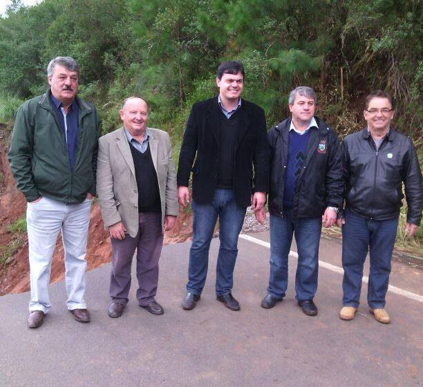Lideranças de Jaquirana, Bom Jesus e São José dos Ausentes visitam cratera na ERS – 110