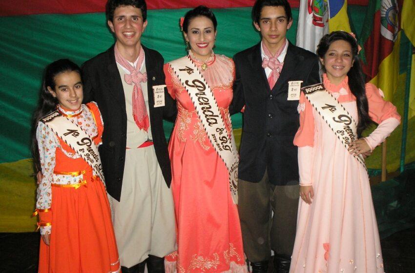 Integrantes do CTG Rancho da Integração de Vacaria obtem os primeiro lugares no Entrevero Cultural de Peões