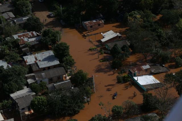 Sobe para 9,6 mil número de pessoas fora de casa devido à chuva no RS