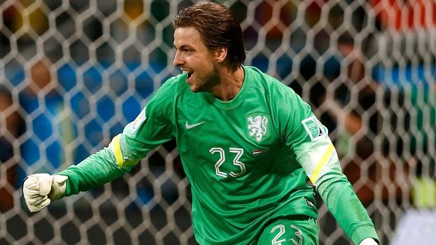 Herói improvável, goleiro reserva acaba com sonho da Costa Rica e põe Holanda na semi
