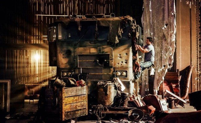 Transformers 4 chega ao Brasil após se tornar maior bilheteria do ano