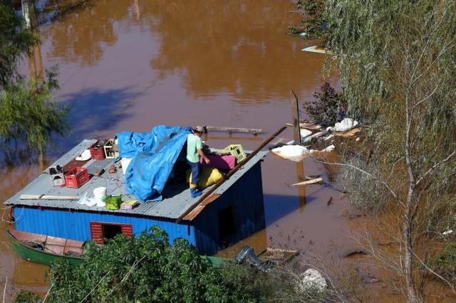 Dilma vem ao RS e visitará áreas afetadas por enchentes