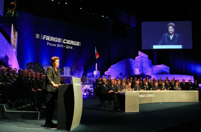 RS: Dilma enfatiza controle de inflação e rejeita pessimismo