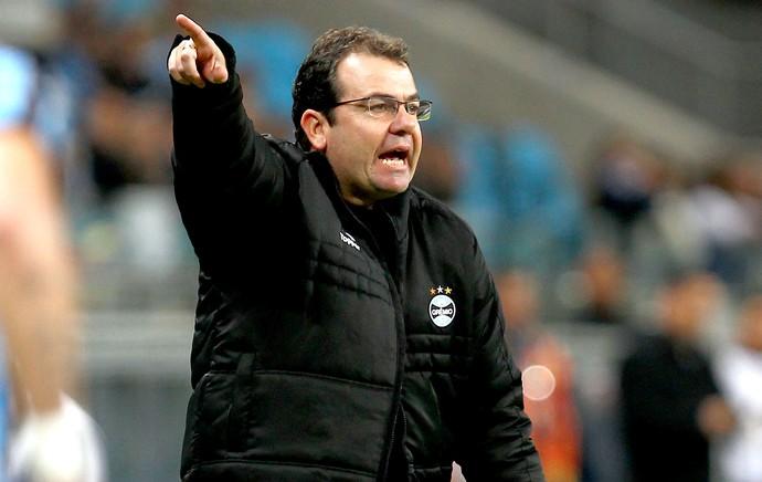 Após derrota na Arena, Enderson Moreira não é mais técnico do Grêmio