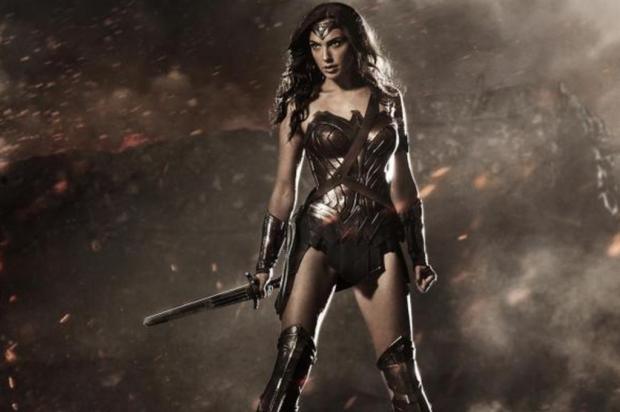 """Veja primeira imagem da Mulher Maravilha no filme """"Batman v Superman"""": Down of Justice"""