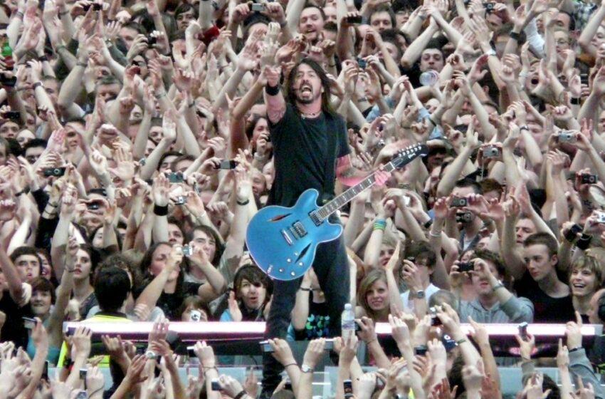 Foo Fighters: Disco finalizado e mixado