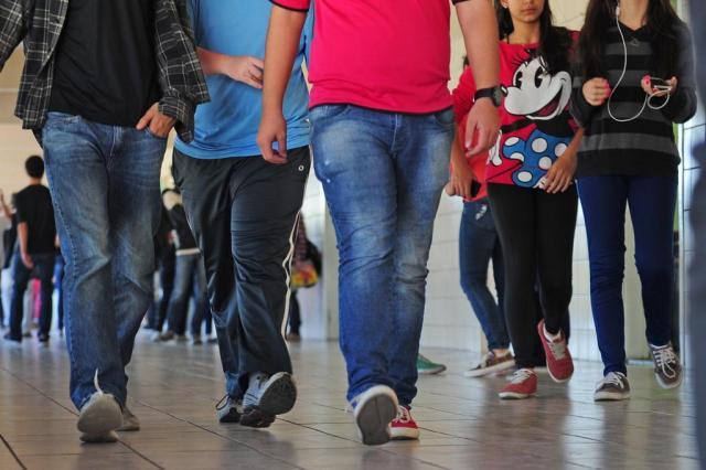 Conselho analisa parecer que pode proibir suspensão e expulsão de alunos no RS