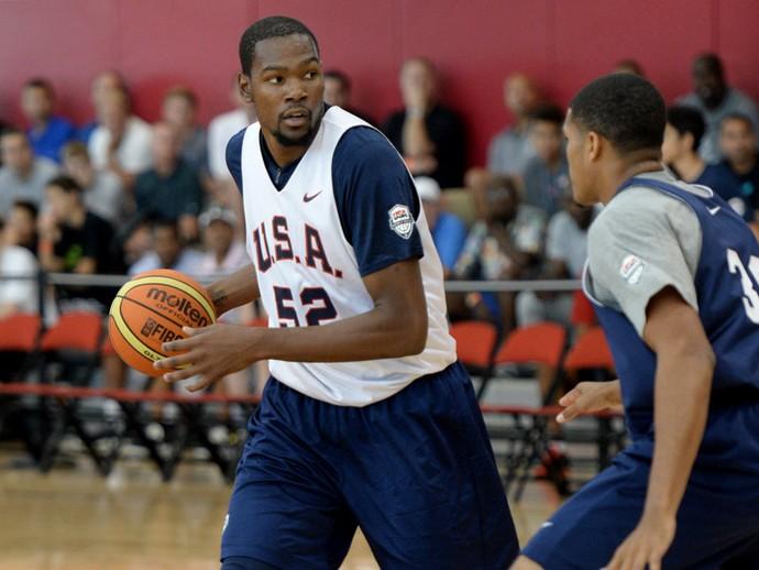 Kevin Durant alega cansaço mental e pede dispensa da seleção dos EUA