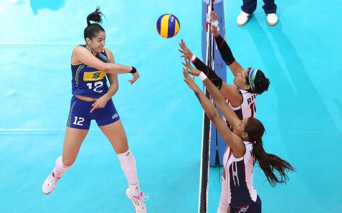 Time reserva dá o recado, e Brasil supera dominicanas no Grand Prix