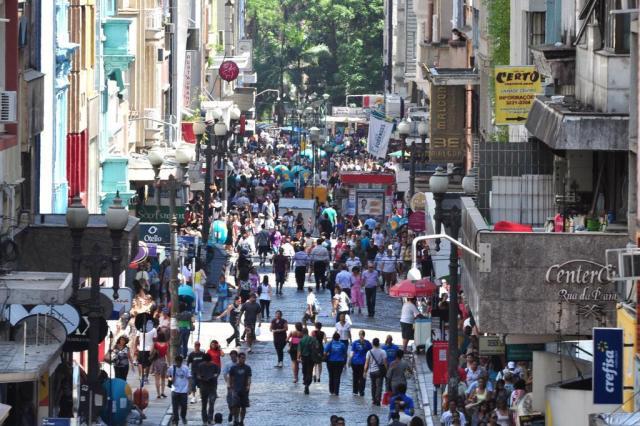 Porto Alegre é capital com menor crescimento de população, segundo IBGE