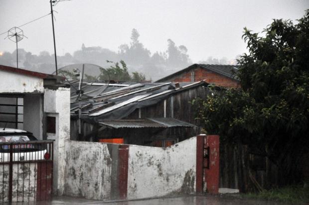 Sobe para 500 o número de casas atingidas pelo granizo em Santiago