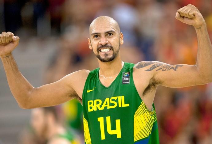 Marquinhos decide, e Brasil vence a Sérvia após início arrasador e apagão