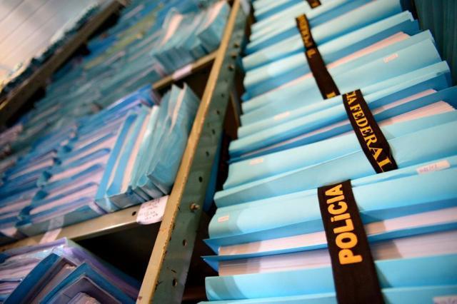 Fraude na compra de remédios deve resultar em mais de mil indiciamentos
