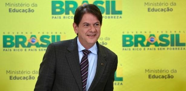Cid Gomes: conheça quatro pedras no sapato do novo ministro