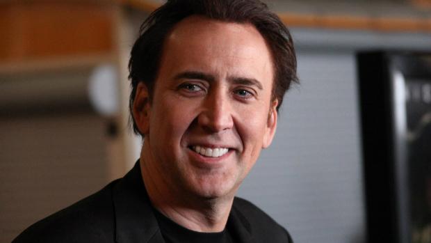 Nicolas Cage pode entrar para o elenco da cinebiografia de Edward Snowden