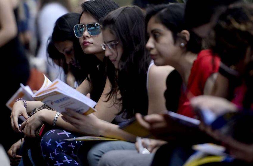 Estudantes reclamam de problemas no site do Fies
