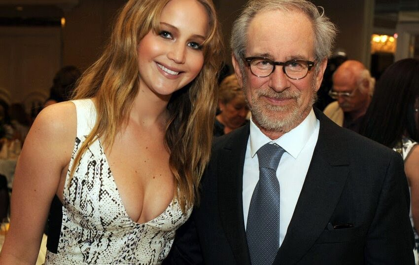 Drama de guerra da Warner Bros pode juntar Steven Spielberg e Jennifer Lawrence