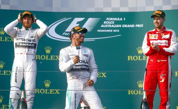 Hamilton vence, e Felipe Nasr tem a melhor estreia de um brasileiro na F-1