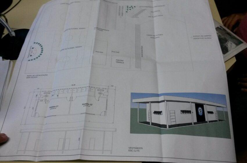 Glória apresenta projeto para a construção do campo suplementar