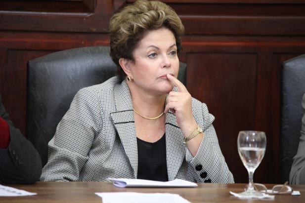 Avaliação do governo Dilma é negativa para 64,8% dos brasileiros, aponta pesquisa