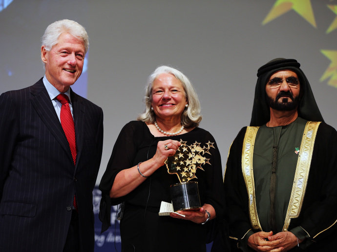 Americana ganha US$ 1 mi como prêmio de melhor professora do mundo