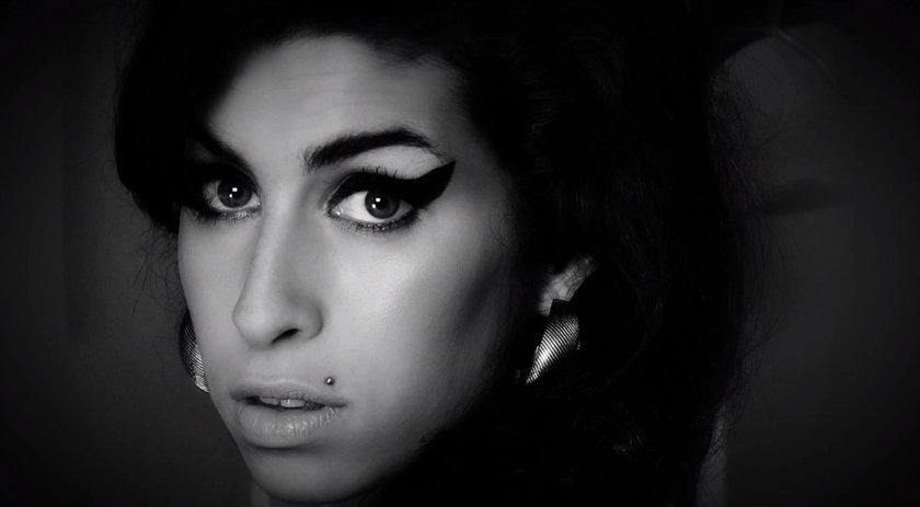 Assista ao primeiro trailer do documentário sobre Amy Winehouse