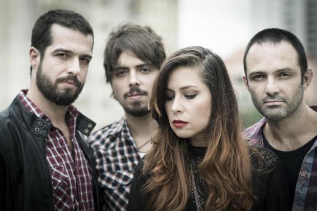 Pitty faz show em Caxias no mês de maio