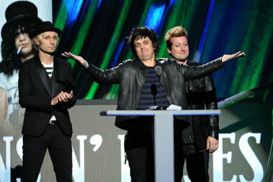 Green Day prepara volta triunfal com novo álbum de inéditas