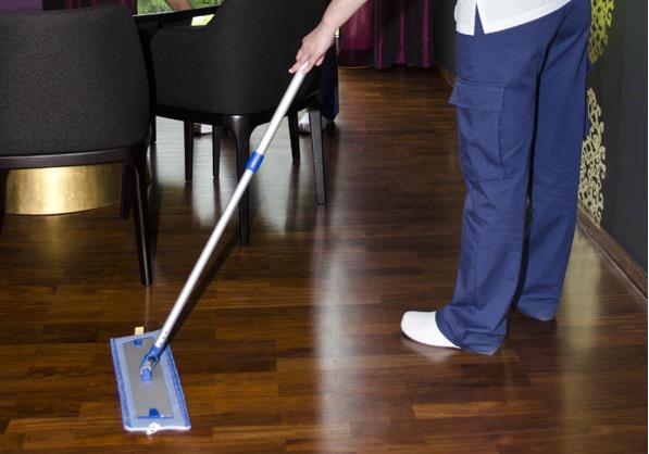 Entenda como ficam os direitos dos trabalhadores domésticos após nova lei