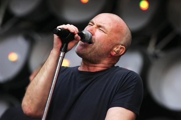 Phil Collins volta com reedição de suas canções solo