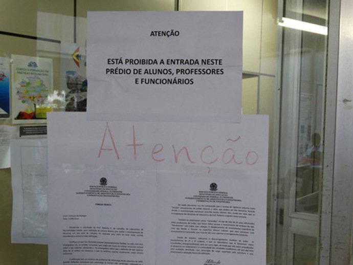 Universidades federais do Rio vivem crise e prédio corre risco até de desabar