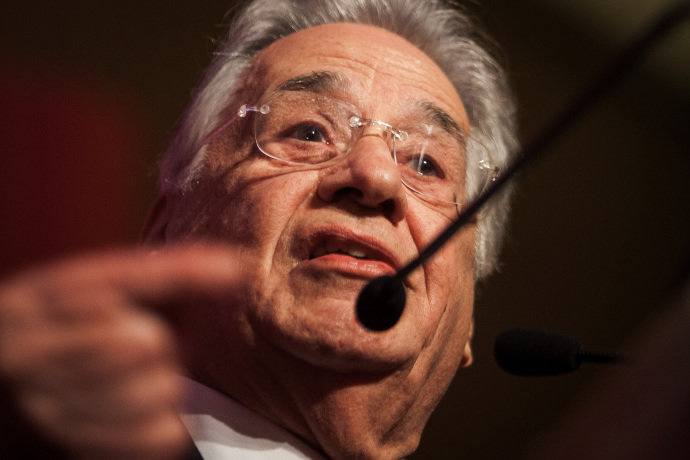 'Governo está pagando seus próprios pecados', diz FHC