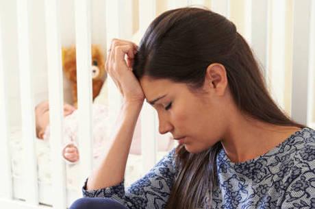 Mães solteiras podem ter problemas de saúde após os 50 anos, diz estudo