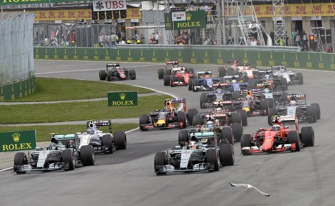 Hamilton vence de ponta a ponta, e Massa sai de 15º para 6º no Canadá