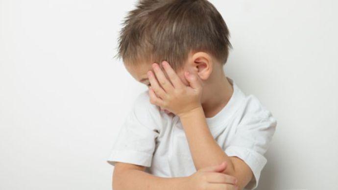 Idade dos pais influencia o risco dos filhos nascerem autistas