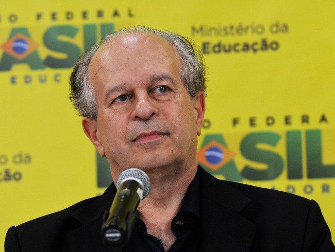 Ministro confirma segunda edição do Fies para este ano