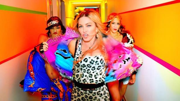 Madonna lança vídeo cheio de estrelas e com filhos